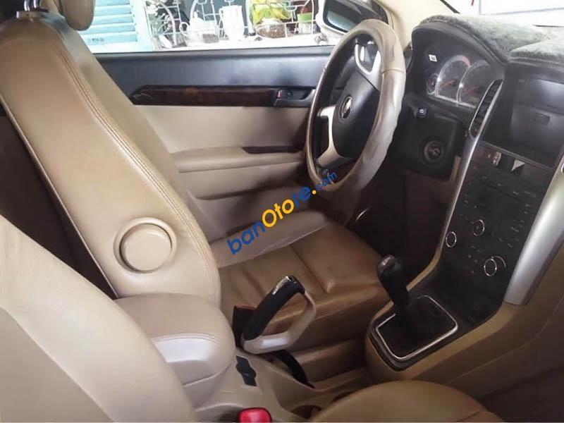 Bán Chevrolet Captiva LT đời 2008, màu bạc số sàn
