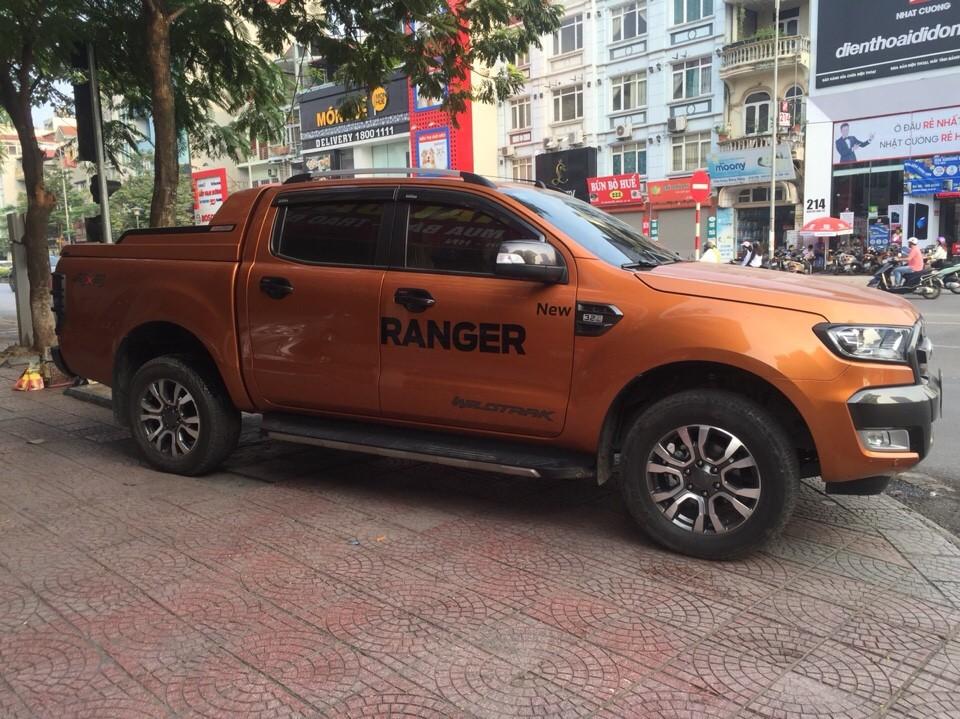 Cần bán xe Ford Ranger Wildtrak 3.2 AT 2016,xe nhập khẩu đẹp như mới, bản full đồ