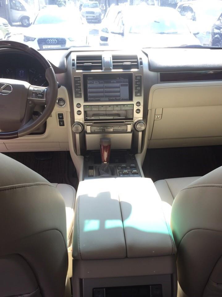 Cần bán Lexus GX460 luxury năm 2010, màu bạc, xe nhập, ít sử dụng