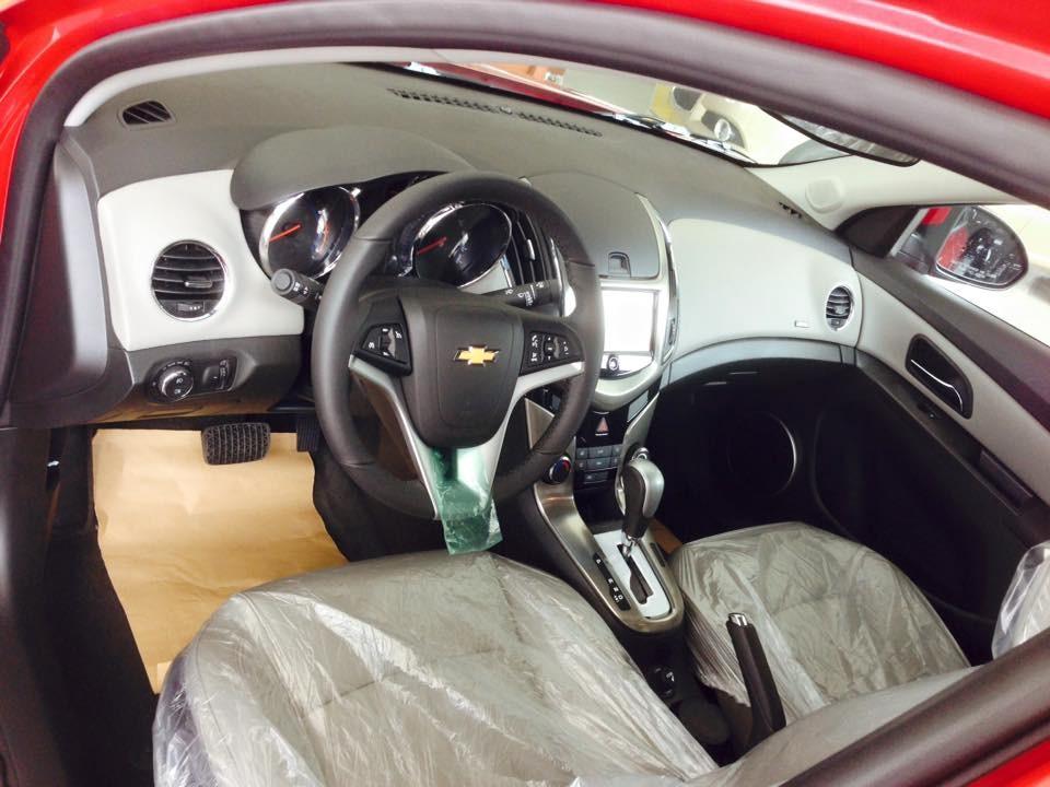 Bán xe Chevrolet Cruze 2016, màu đỏ ư đãi nhất