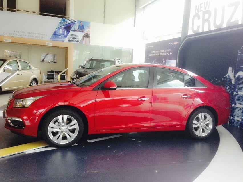 Bán xe Chevrolet Cruze 2017 khuyến mại tới 30 triệu đồng trong Tháng 3