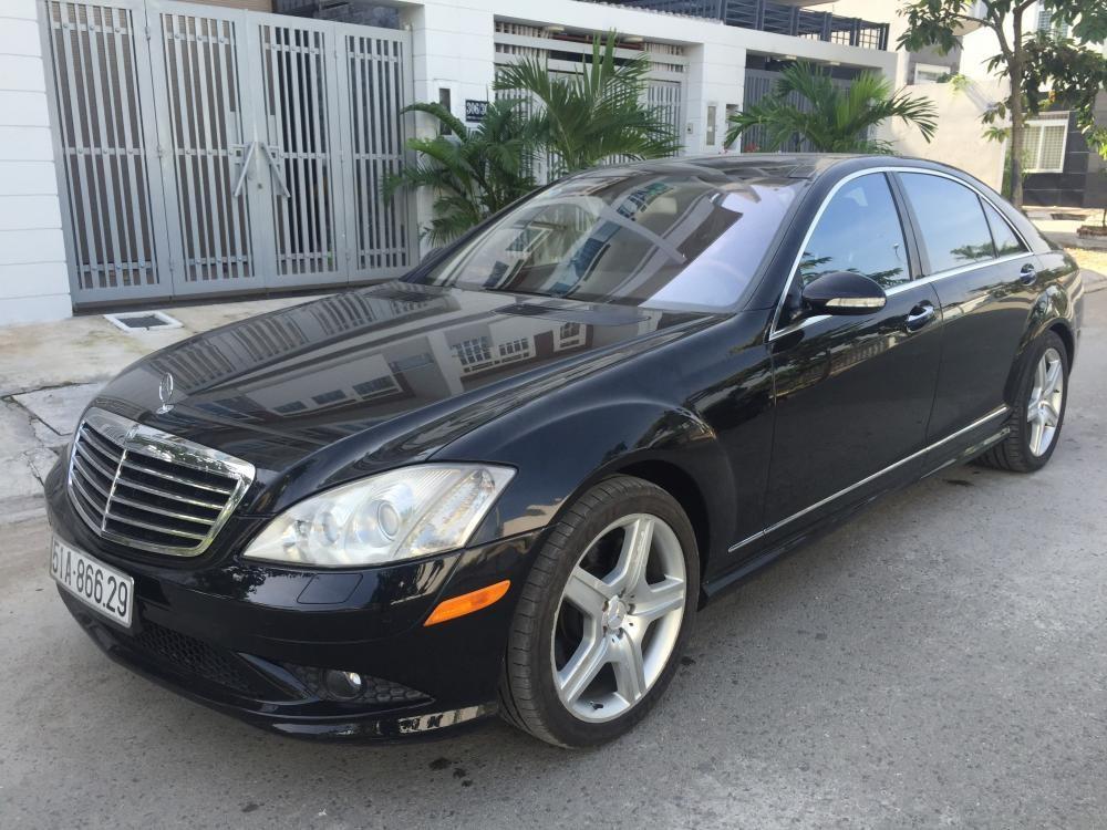 Cần bán Mercedes đời 2007, màu đen, nhập khẩu, số tự động