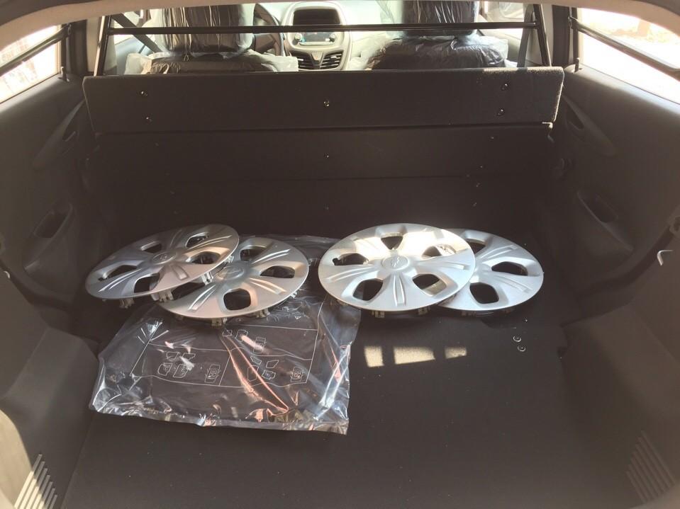 Cần bán xe Chevrolet Spark h 2017, màu xám, nhập khẩu nguyên chiếc