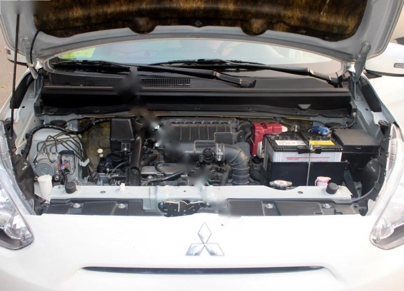 Bán xe Mitsubishi Mirage 1.2AT năm sản xuất 2015, màu trắng