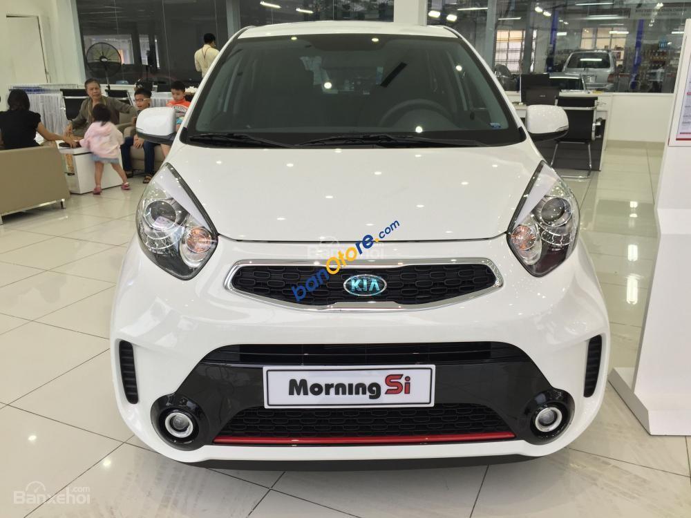 Cần bán Kia Morning sản xuất năm 2017, màu trắng