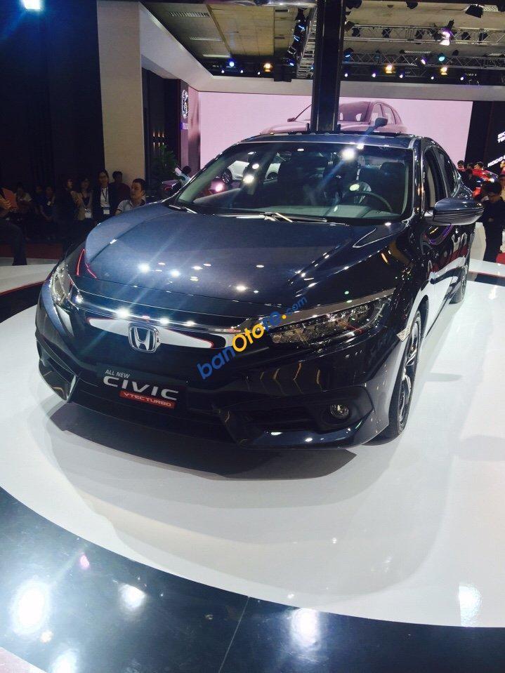 Cần bán xe Honda Civic 1.5 VTEC Turbo sản xuất năm 2017, màu xanh lam, nhập khẩu nguyên chiếc, 950tr