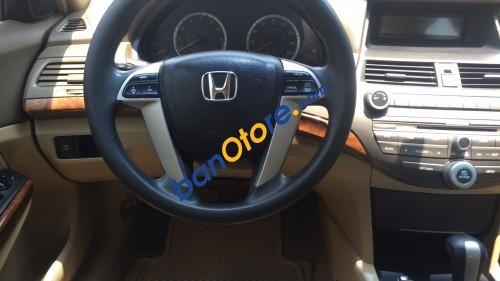 Bán chiếc xe cũ Honda Accord 2.4, xe này mới phải so với xe 2014 vì đi cực ít
