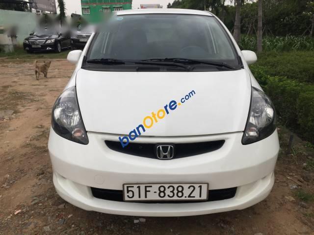Bán xe Honda FIT đời 2006, màu trắng, xe Nhật xuất Mỹ, đăng kí 2008