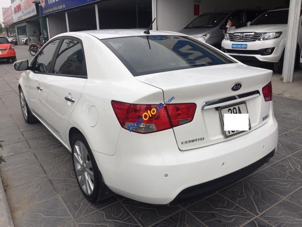 Xe Kia Cerato 1.6AT năm 2010, màu trắng, nhập khẩu, giá tốt