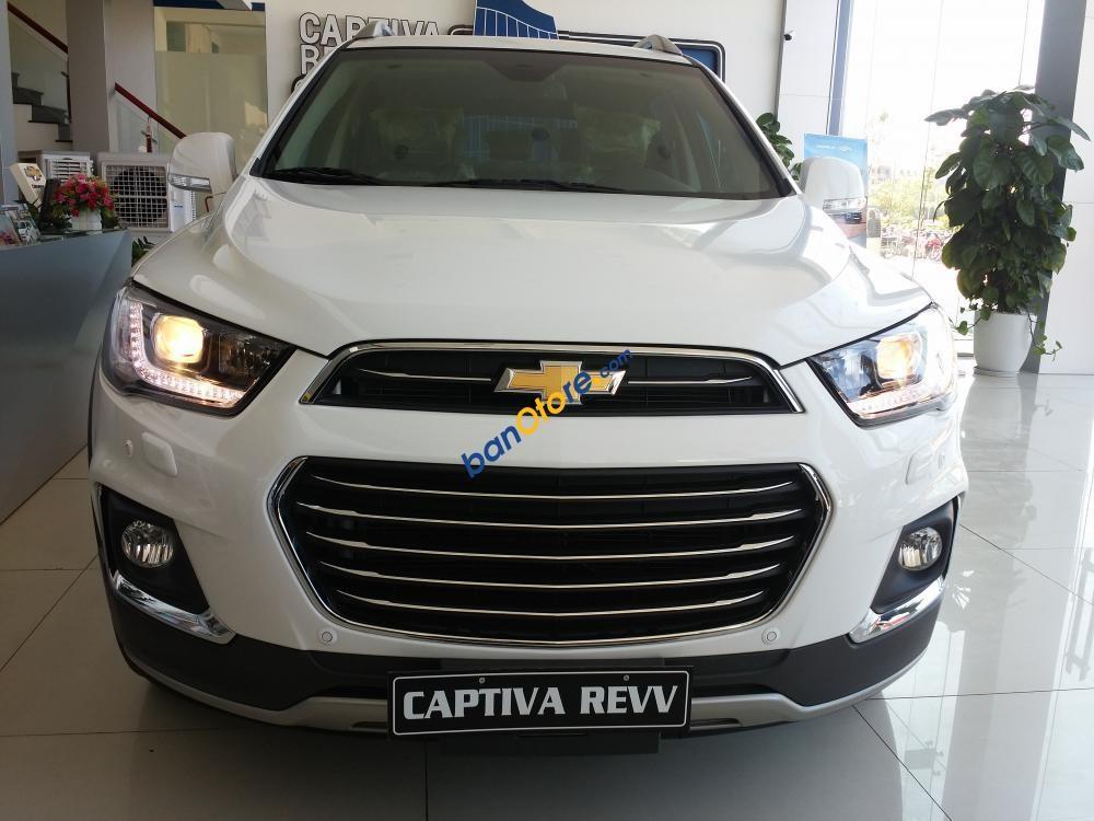 Cần bán Chevrolet Captiva 2.4 LTZ Rew sản xuất 2017, màu trắng, giá 879tr