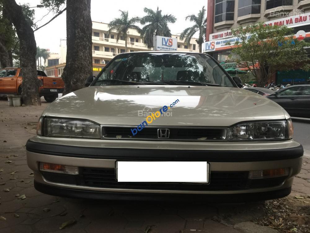 Bán ô tô Honda Accord năm sản xuất 1992, màu bạc, nhập khẩu chính chủ, 200tr