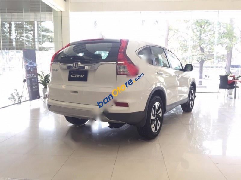 Bán xe Honda CR V 2.4AT sản xuất 2017, màu trắng