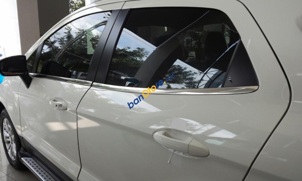 Bán xe Ford EcoSport Limited Titanium + sản xuất 2017, màu trắng