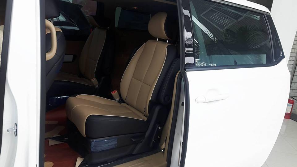 Bán Kia Sedona 2018 rẻ nhất đủ màu (máy xăng + dầu), trả góp tới 80% chỉ 380tr có xe, LH: 0947.371.548