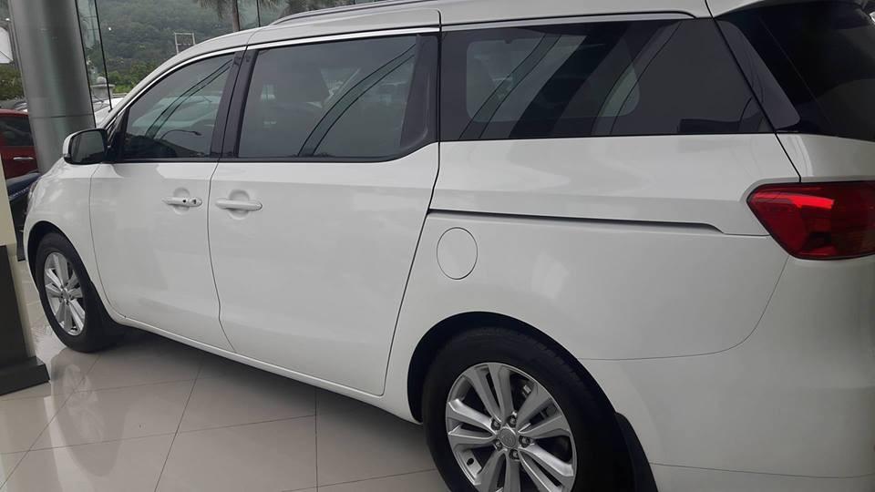 Bán kia Sedona 2018, rẻ nhất đủ màu (máy xăng + dầu), trả góp tới 80% chỉ 380tr có xe, lh: 0973.92.93.91