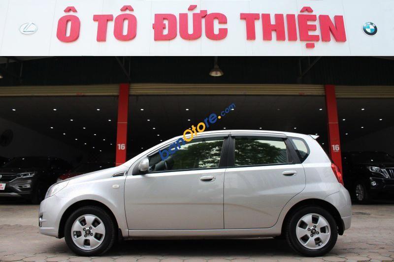 Cần bán Daewoo GentraX SX sản xuất 2008, màu bạc, nhập khẩu chính chủ, giá chỉ 255 triệu