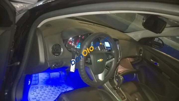 Bán xe Chevrolet Cruze 1.8 LTZ đời 2015, màu đen giá tốt