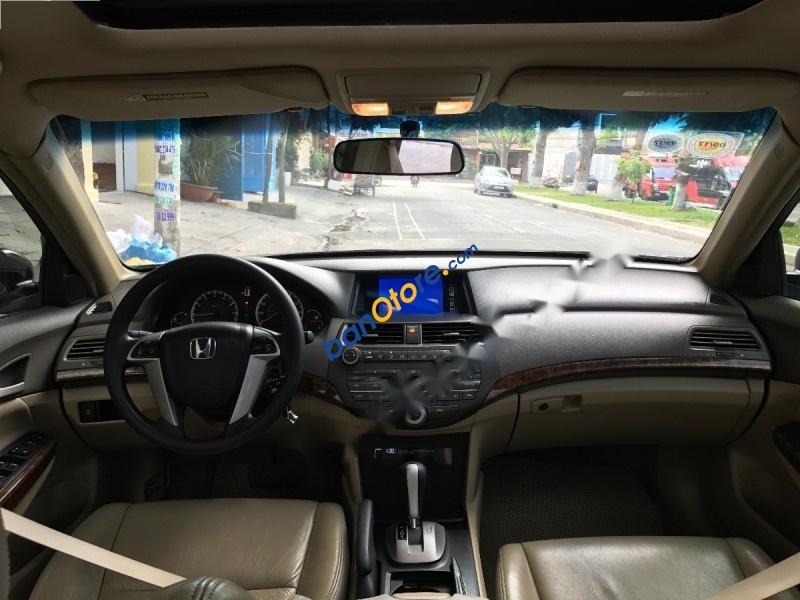 Cần bán Honda Accord V6 đời 2008, xe thuộc dòng full options