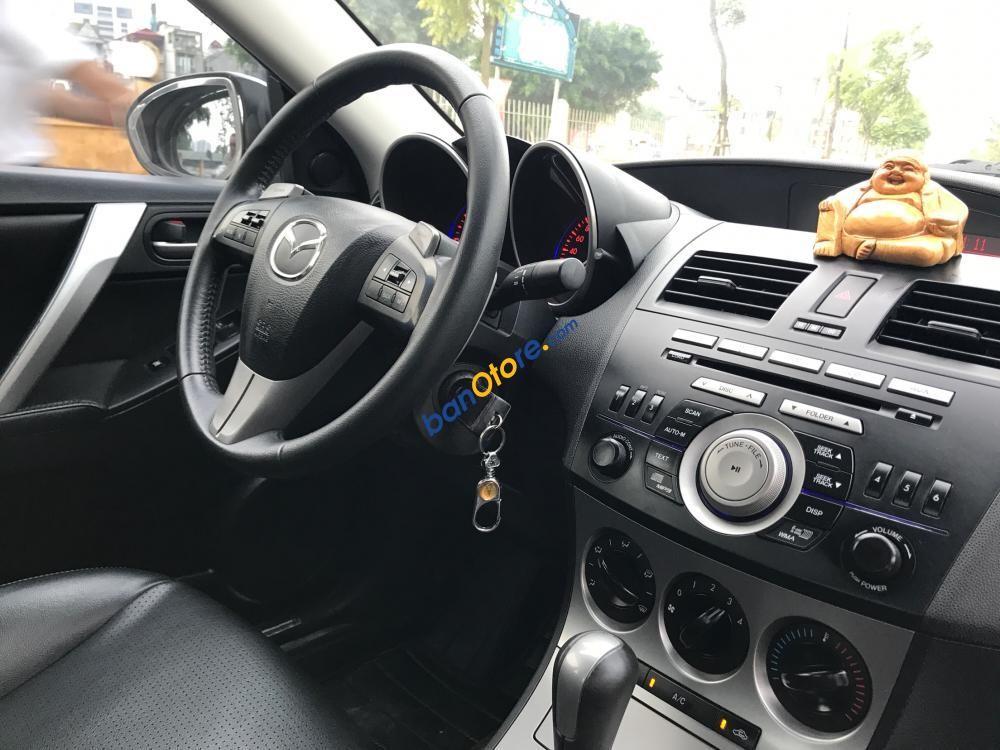 Bán Mazda 3 2.0 năm 2010, màu trắng, xe nhập