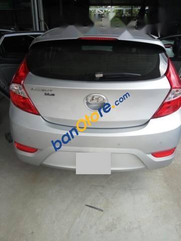 Bán ô tô Hyundai Accent 1.4AT năm 2015, màu bạc, xe nhập, giá 512tr