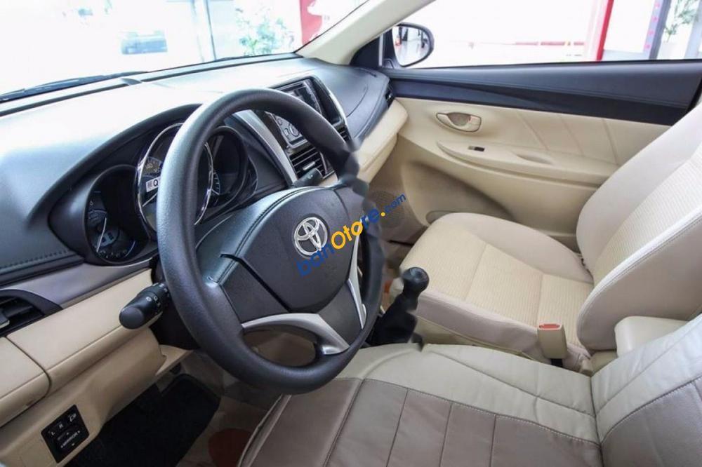 Bán Toyota Vios 1.5 E MT đời 2017, màu trắng