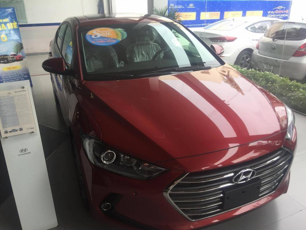 Bán Hyundai Elantra Đà Nẵng, giảm giá sốc, hỗ trợ vay 80% giá trị xe, hỗ trợ chạy Grab - LH Xuân Tùng
