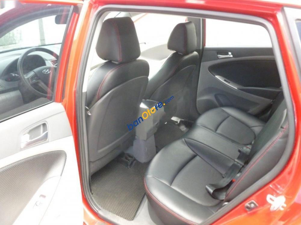 Xe Hyundai Accent Blue 1.4AT sản xuất năm 2015, màu đỏ, nhập khẩu nguyên chiếc số tự động