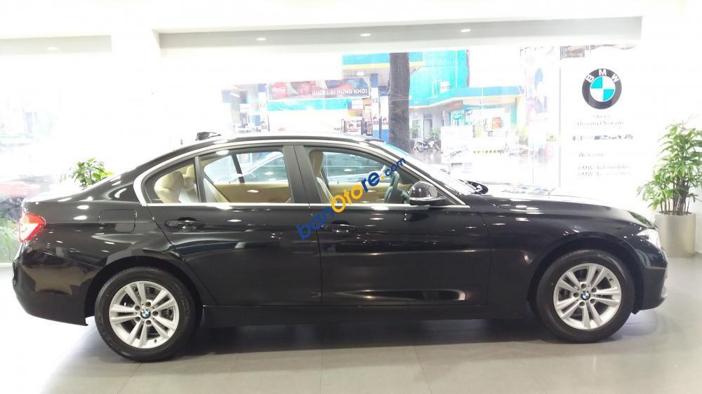 Bán xe BMW 3 Series 320i LCI sản xuất 2017, màu đen, xe nhập