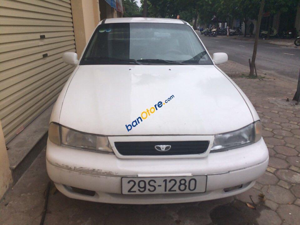 Bán xe cũ Daewoo Cielo đời 1995 màu trắng