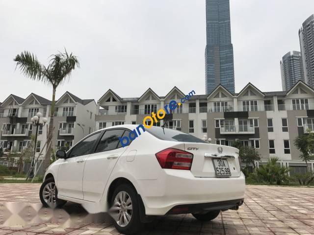 Xe Honda City năm sản xuất 2013, màu trắng