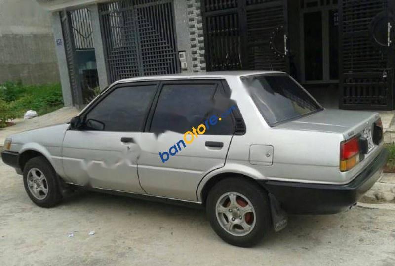 Cần bán gấp Toyota Corolla EE80 sản xuất năm 1986, màu bạc, xe nhập, 115 triệu