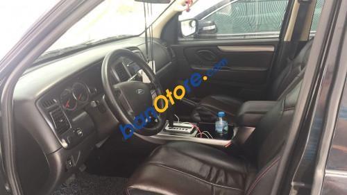 Cần bán xe Ford Escape 2.3 AT sản xuất 2009, màu đen
