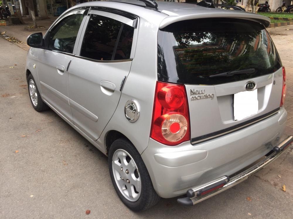bán Xe kia morning đời 2010,  màu bạc, số sàn, xe còn khá mới