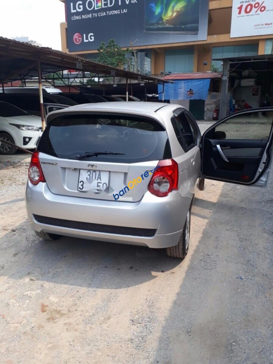 Bán Daewoo GentraX năm 2010, màu bạc, nhập khẩu nguyên chiếc, số tự động