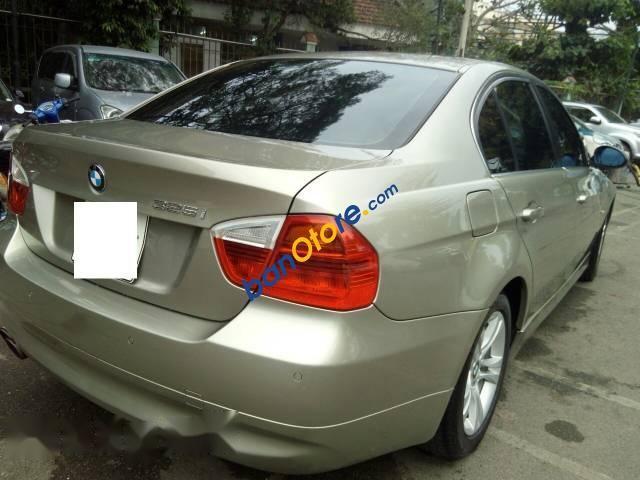 Cần bán BMW 325i sản xuất 2008, màu vàng mới