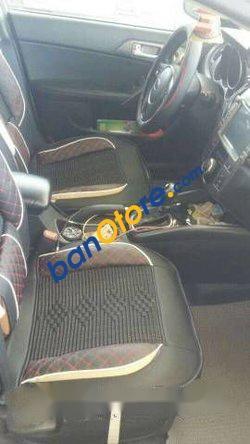 Xe Kia Cerato MT năm sản xuất 2010, màu bạc