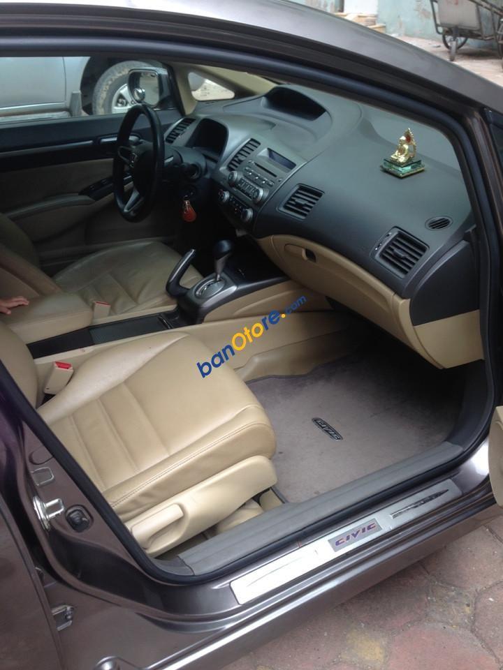 Cần bán gấp Honda Civic 1.8i-VTEC Sport năm sản xuất 2012, màu xám xe gia đình