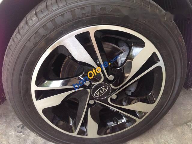 Bán xe Kia Morning năm 2012, thường xuyên đi bảo dưỡng tại hãng, nên xe còn rất mới