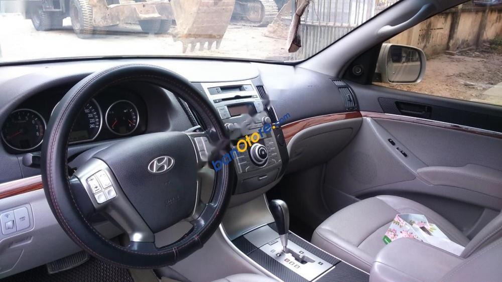Bán Hyundai Veracruz đời 2007, màu bạc, không đâm đụng hay ngập nước