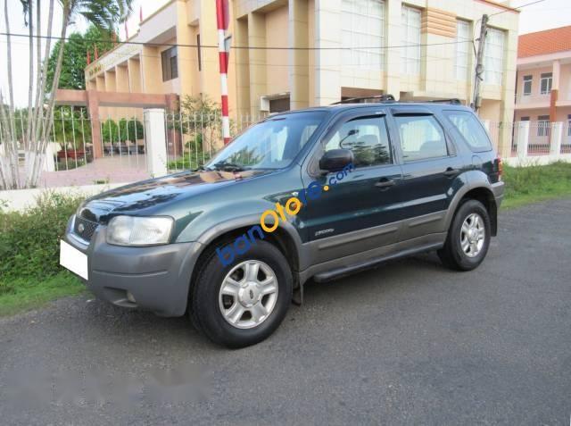 Cần bán gấp Ford Escape XLT sản xuất 2001, số tự động
