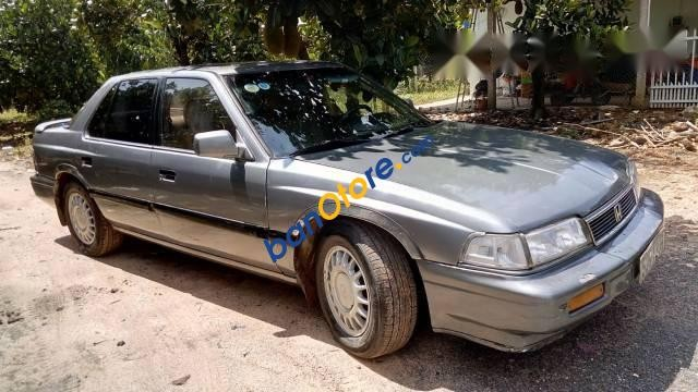 Cần bán Honda Legend sản xuất 1995 giá cạnh tranh