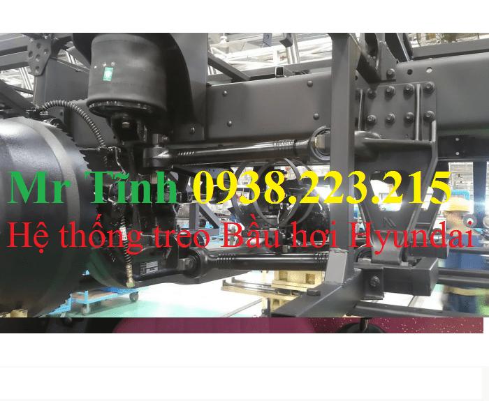 Bán Thaco Universe TB120s máy w336 2017 47 chỗ, màu trắng