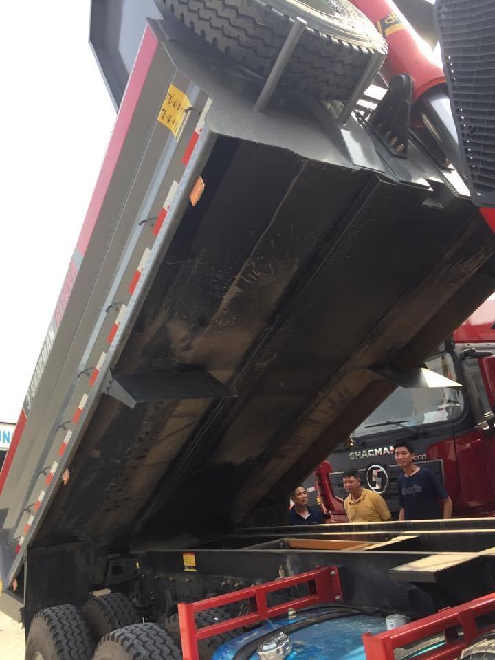 Bán xe tải Trên10tấn đời 2017, màu xám, nhập khẩu