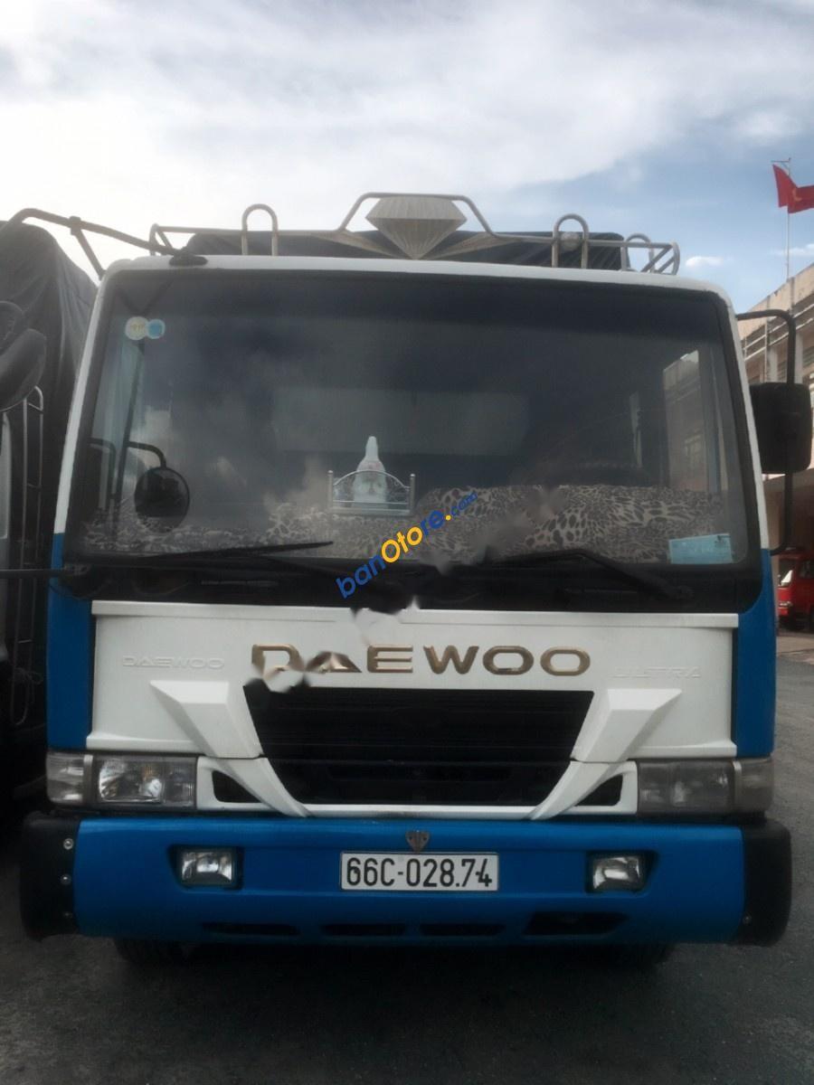 Cần bán gấp Daewoo Novus sản xuất năm 1997, màu trắng, nhập khẩu