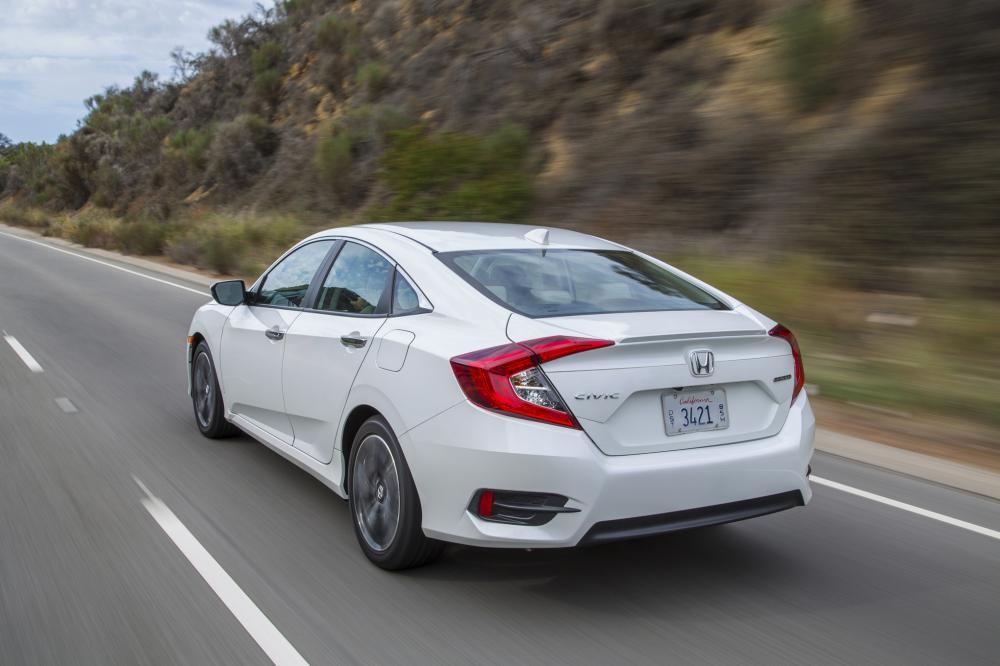 Honda Hà Nội- Honda Civic 1.5 Turbo đời 2019, màu trắng, nhập khẩu nguyên chiếc