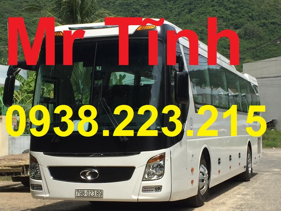 Cần bán Thaco Universe W336I 2017, màu trắng, nhập khẩu chính hãng