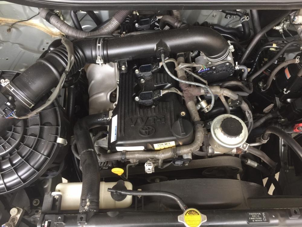 Cần bán Toyota Innova G 2010, màu bạc, 480tr