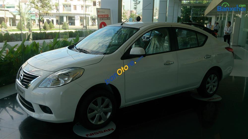 Bán Nissan Sunny XV sản xuất 2017, màu trắng, giá tốt  - LH ngay 0905157658