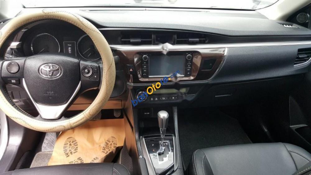 Bán xe Toyota Corolla Altis 1.8G đời 2016, màu bạc, 710tr