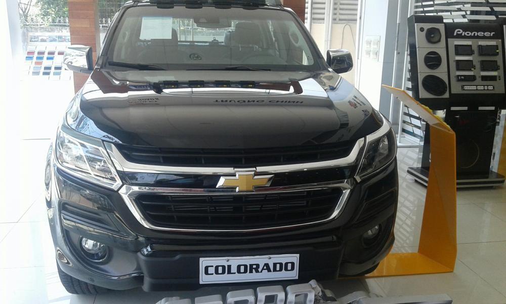Bán Chevrolet Colorado High Contry đời 2018, màu đen, xe nhập